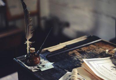De la escritura en papel al papel de la escritura
